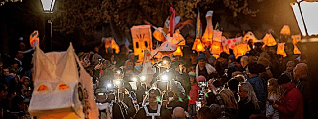 Hahndorf-Winter-Lantern-gathering